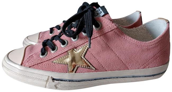 Item - Pink Low-top Sneakers Size EU 37 (Approx. US 7) Wide (C, D)