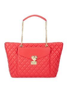 a48ad4e2dff9 Moschino Lots Of Pockets Room New With Tags Design Heart Accents  Chain Leather Strap