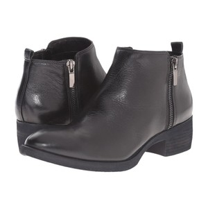Kenneth Cole Leather Zip black Boots