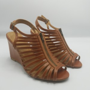 Rampage Camel Tan Wedges