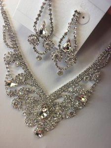 Crystal and Silver Australian Necklace Jewelry Set