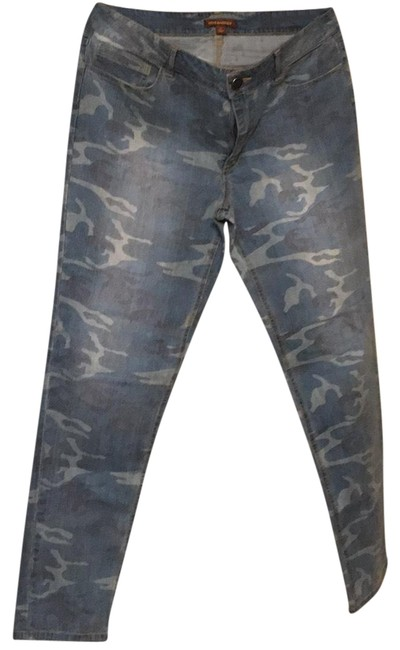 Item - Light Denim Camouflage Print Wash Don't See A Style Number On Tags Skinny Jeans Size 8 (M, 29, 30)
