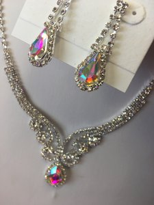 Ab Silver Rhinestone and Teardrop Dangle Necklace Jewelry Set