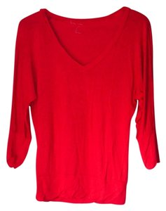 Zenana Outfitter V-neck Shirt Top Red