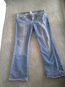 Lucky Brand Sweet N Low Size 16/33 Straight Leg Jeans