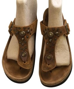Naot Leather Thong Cork Footbed Camel brown Sandals