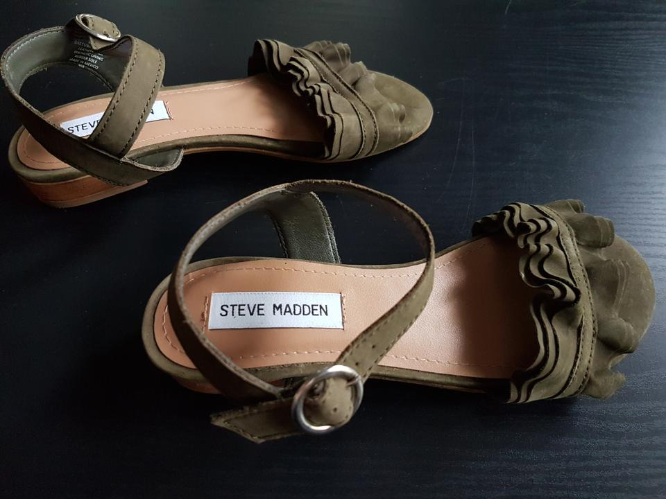 b7836ea3223 Steve Madden Olive Green Suede Ruffle Sandals Size US 6.5 Regular (M, B)