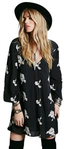 Free People short dress black and white Embroidered Flowy Pockets Open Lined on Tradesy
