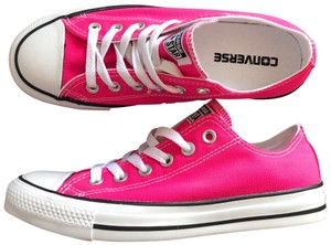 Converse neon pink Athletic