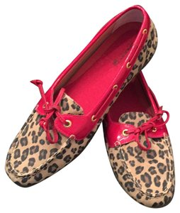 Sperry Red patent leather/leopard print Flats
