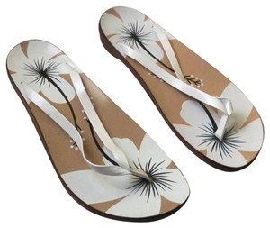 9be7cfeef382 Nordstrom Sandals - Up to 90% off at Tradesy