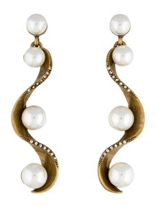 Oscar de la Renta PAVÉ WAVE PEARL DROP EARRINGS