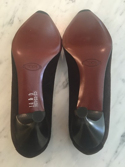 Tod's Chocolate Brown Pumps Image 4