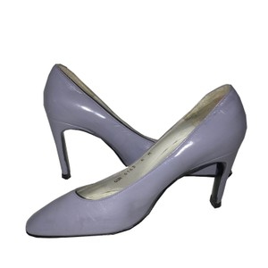 Charles Jourdan Vintage Dark Lavender Pumps