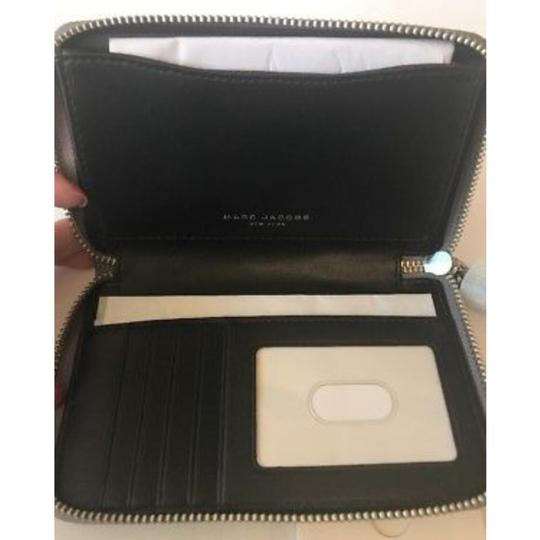 Marc by Marc Jacobs classic leather zip phone wallet Image 1