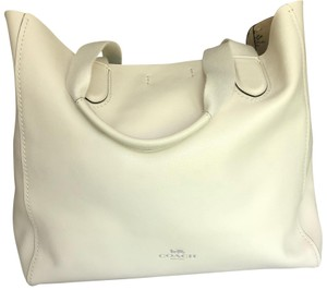 Coach Tote in Off White/Cream