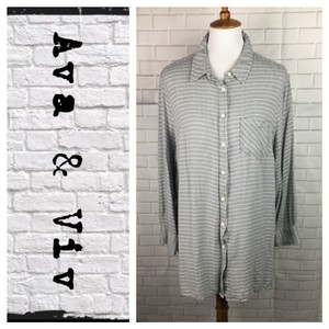 Ava & Viv Button Down Shirt Gray/White
