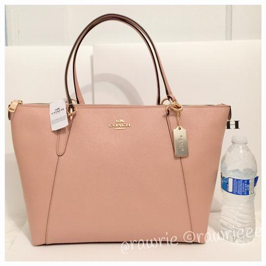 Preload https://img-static.tradesy.com/item/23614045/coach-ava-zip-top-shoulder-glitter-nude-pink-leather-tote-0-2-540-540.jpg