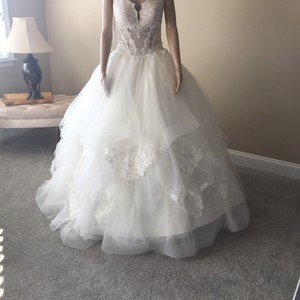 Pnina Tornai Off White Organza Lace Crystal Tool Etc The Love Collection-traditional Yet Subtly Sexy Feminine Wedding Dress Size 8 (M)