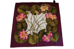 Gucci Gucci Scarf 100% Silk Lotus Print Authentic Made in Italy