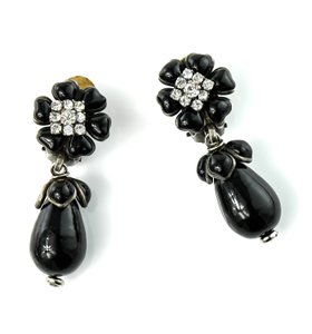 Chanel Vintage Flower Swarovski Crystal Accessory Earrings