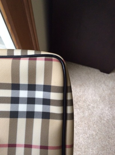Burberry House Check Pochette Nova Shoulder Bag