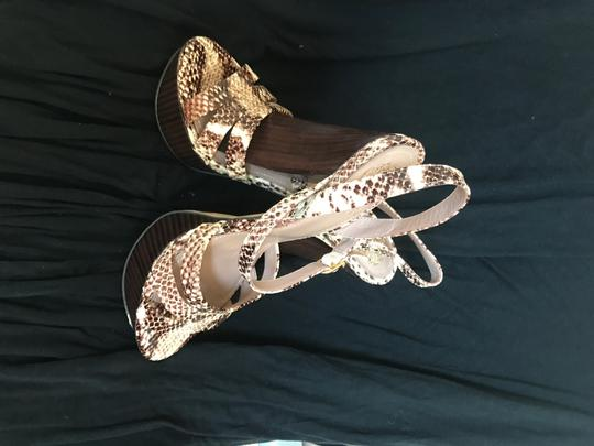 Vince Camuto Leather cream and brown snake print Platforms Image 4