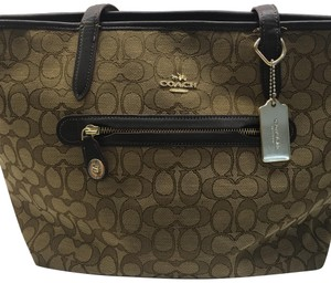 Coach Tote in LIght Gold khaki Brown
