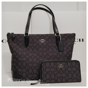 Coach Monogram Set Matching Set Gift Set Gift Box Tote in Black Gray