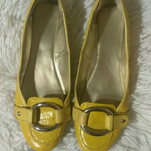 Nine West Yellow Flats