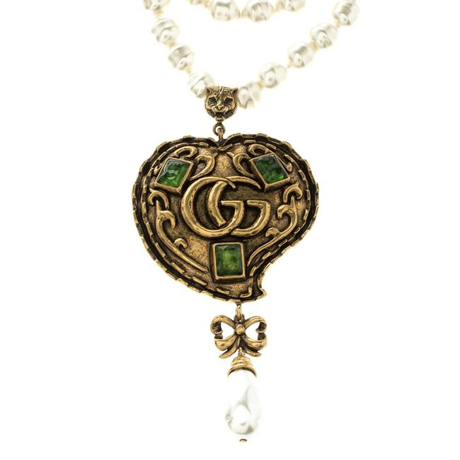 Item - Green Resin & Multi Strand Glass Pearl Gold Tone Heart Pendant N Necklace