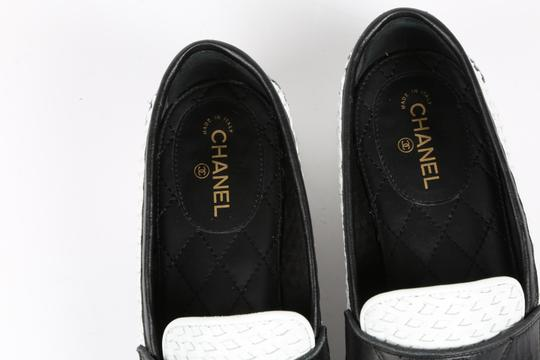Chanel Casual White Flats Image 11