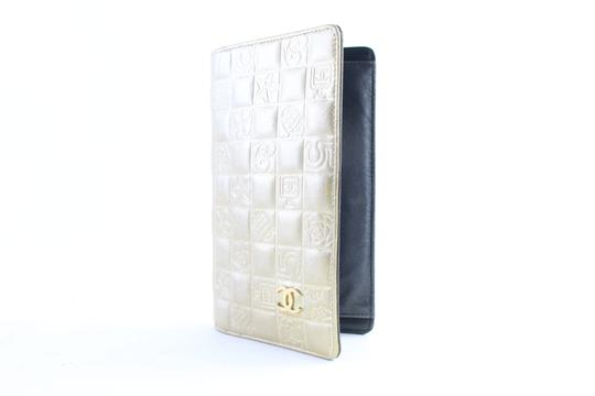 Chanel Gold Embossed Chocolate Bar Quilted Long Wallet 226339r Image 1