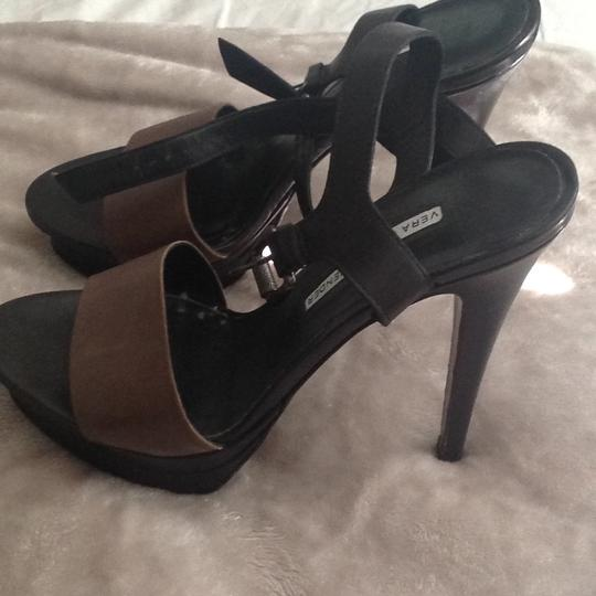Vera Wang Lavender Label black/gray Platforms