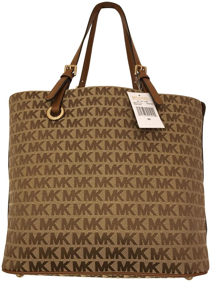 b53d58f68e1f Michael Kors Jet Set Grab Signature Beige & Luggage Jacquard Leather ...