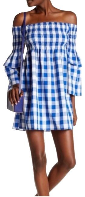 Preload https://img-static.tradesy.com/item/23622796/walter-by-walter-baker-gingham-off-shoulder-nwt-short-casual-dress-size-4-s-0-1-650-650.jpg