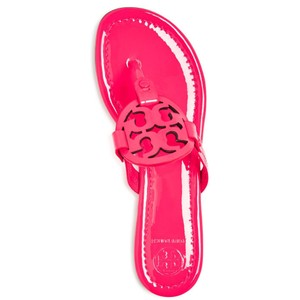 Tory Burch Miller Tb Logo Flip Flop Leather Fluo Fuchsia Sandals