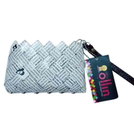 Preload https://img-static.tradesy.com/item/23623566/nahui-ollin-small-coin-purse-white-and-black-wristlet-0-0-540-540.jpg