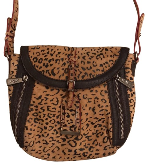 Preload https://img-static.tradesy.com/item/23623593/botkier-handbag-cheetah-brown-leather-cross-body-bag-0-1-540-540.jpg