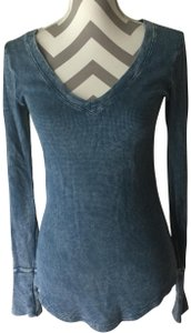 Threads 4 Thought Organic Cotton Waffle Texture Distressed Coloring V-neck T Shirt Blue