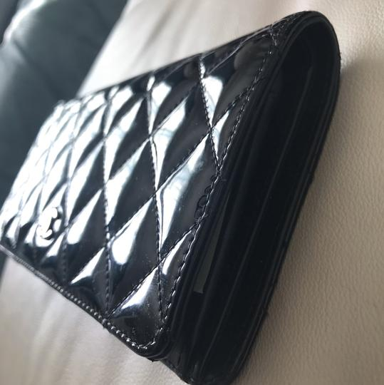 Chanel Black Patent Leather Long Wallet Image 9