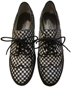 Michael Kors Edison Houndstooth Oxfords Calf Hair Loafers Size 7.5 Oxfords Oxfords Black Flats