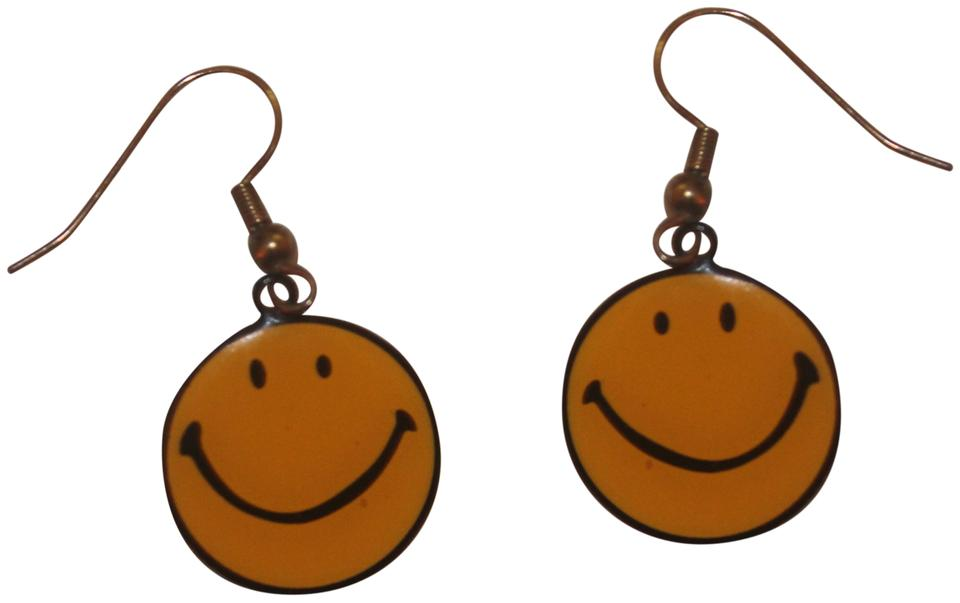 Unknown Smiley Face Earrings
