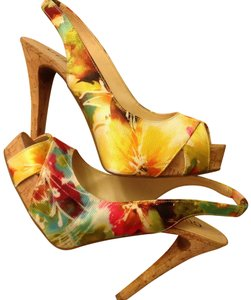 Guess Size Fabric Floral print Sandals