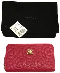 Chanel Chanel Caviar Camellia Embossed Small Zipped Wallet Fuschia NWT