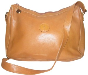 Gucci Excellent Vintage High-end Bohemian Great For Everyday Rare Color Gold Fob On Zipper Hobo Bag