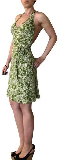 Item - Green & White Dvf Silk Floral Halter Backless Wrap S Mid-length Casual Maxi Dress Size 4 (S)