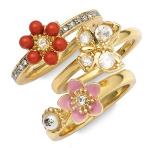 Juicy Couture NEW Juicy Couture 14K Gold Bloom Stackable Rings