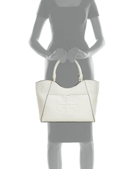 Tory Burch Tote in ivory Image 4