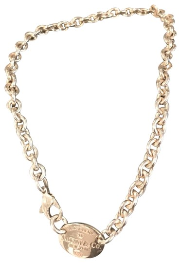 Preload https://img-static.tradesy.com/item/23627040/tiffany-and-co-sterling-siiver-return-to-new-york-chain-necklace-0-3-540-540.jpg